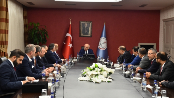 TÜMSİAD delegation pays visit to Minister Avcı